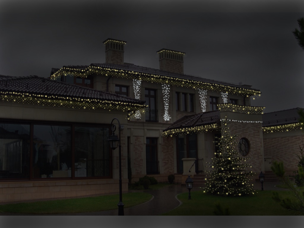 Декоративная подсветка загородного участка и дома